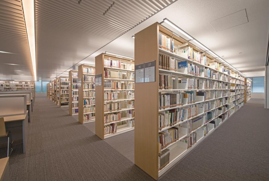北九州市立大学図書館 本館